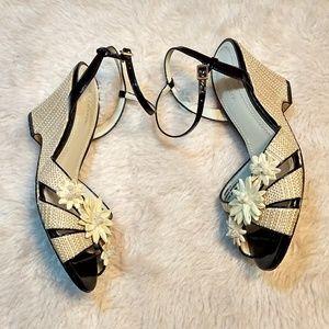 Wedge Mirabella Flower Sandals